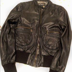 ARITZIA DOMA leather zip up jacket